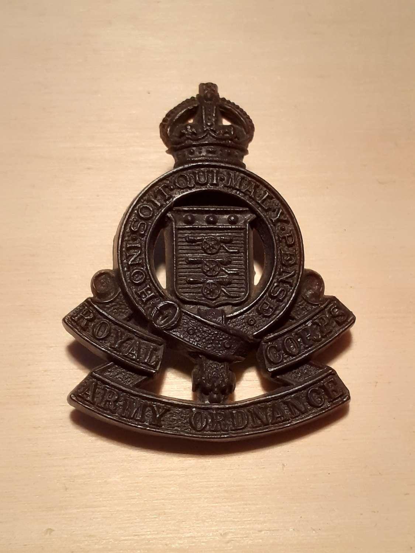 Royal Army Ordnance Corps Bakelite Cap Badge