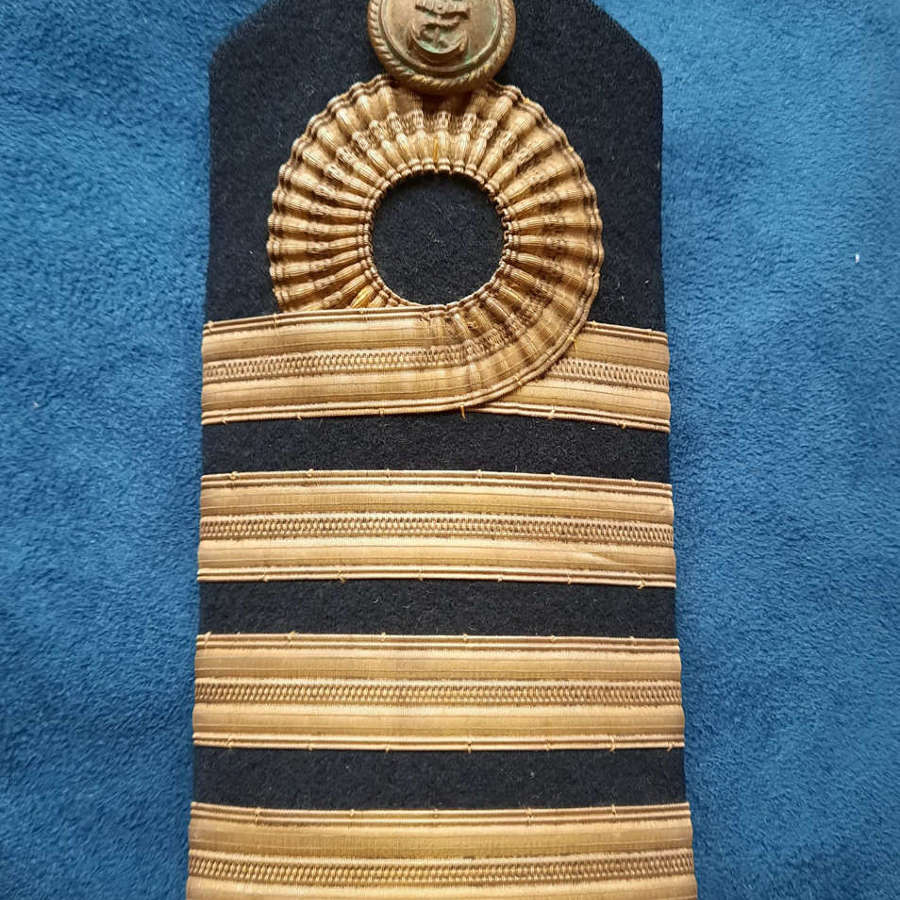 Royal Navy Captain's Shoulder Board