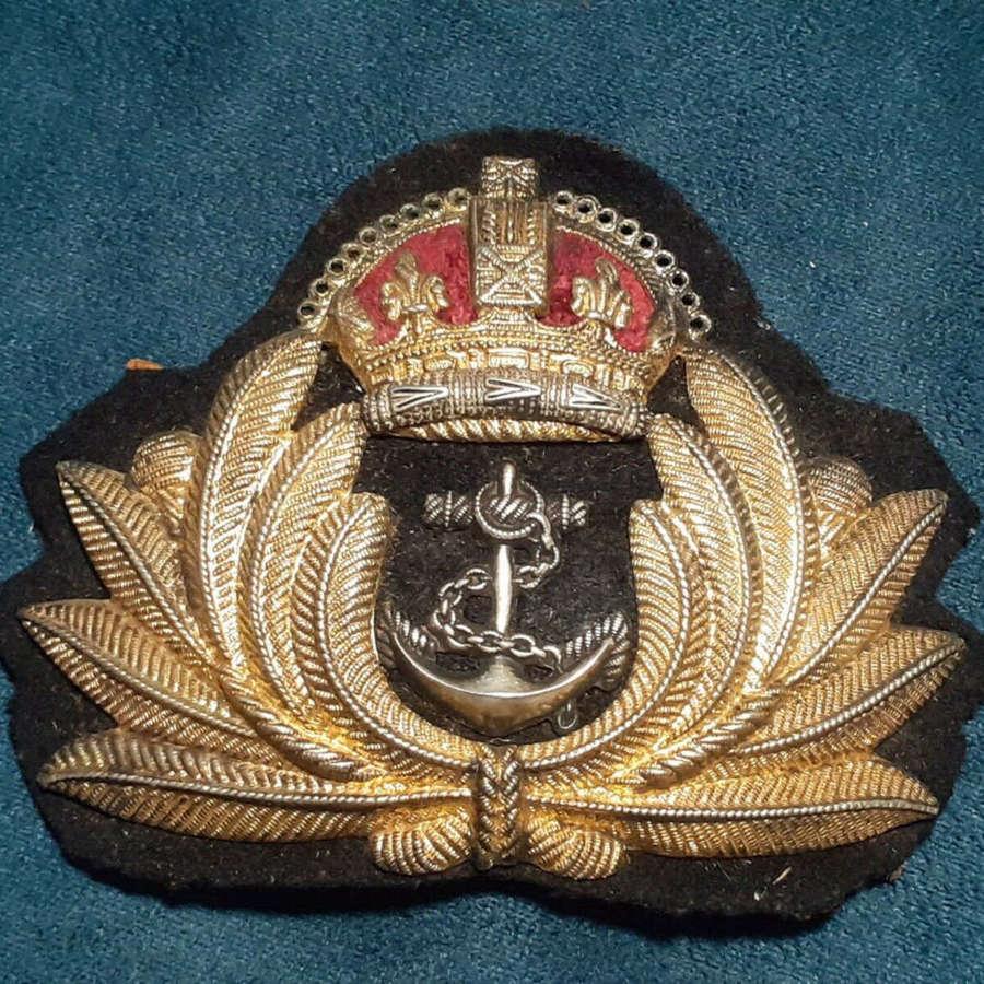 WW2 Royal Navy Officer Economy Cap Badge